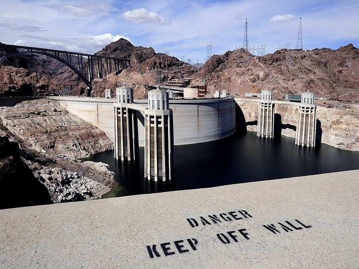 Hoover dam dangerous places to swim