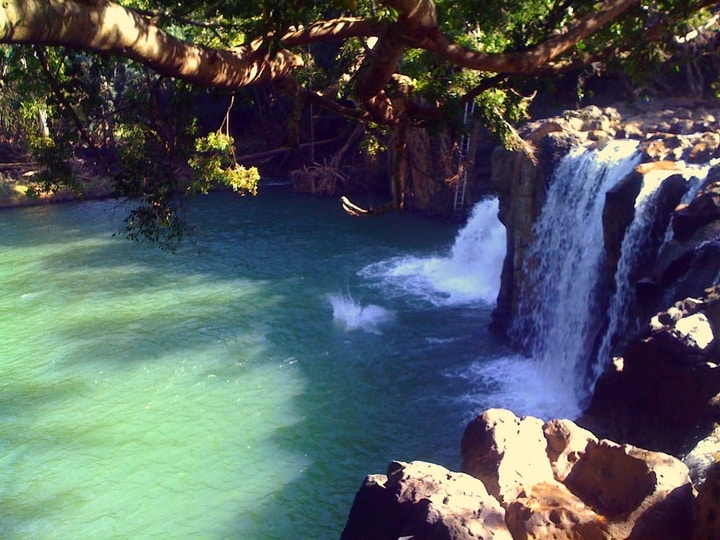 Kipu falls hawaii dangerous place to swim